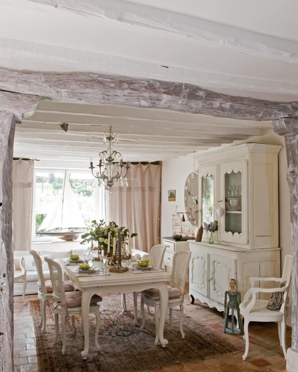 décoration salle à manger blanche maison de campagne