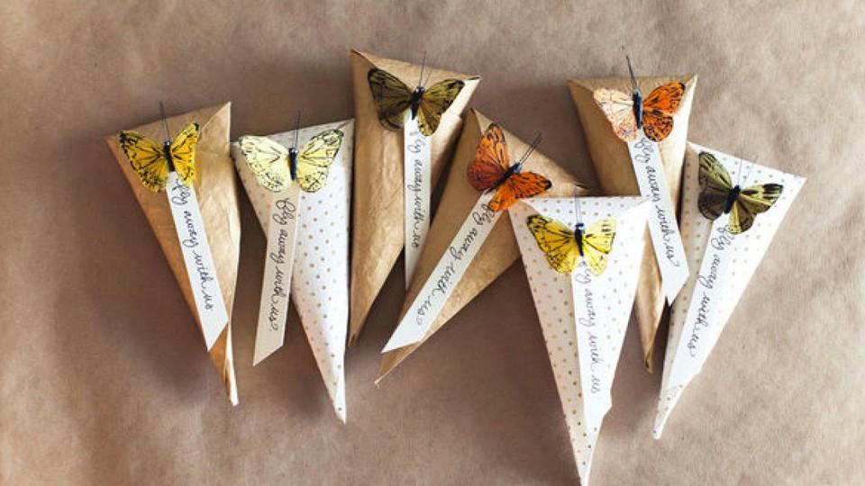 Des cornets cadeaux maison shake my blog - Paquet cadeau original maison ...