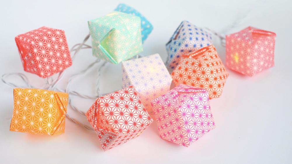 une guirlande lumineuse origami diy shake my blog. Black Bedroom Furniture Sets. Home Design Ideas