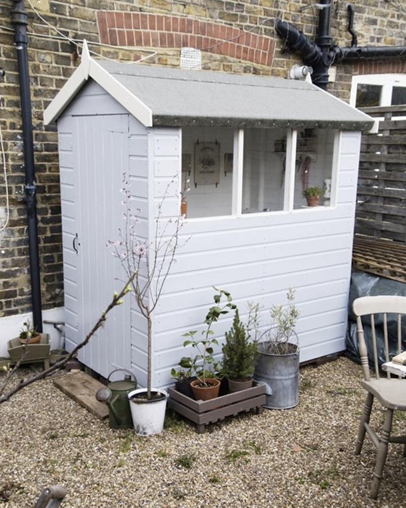 un abri de jardin atelier diy shake my blog. Black Bedroom Furniture Sets. Home Design Ideas
