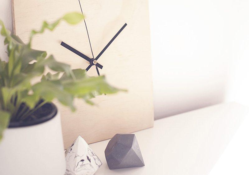 horloge carre bois diy