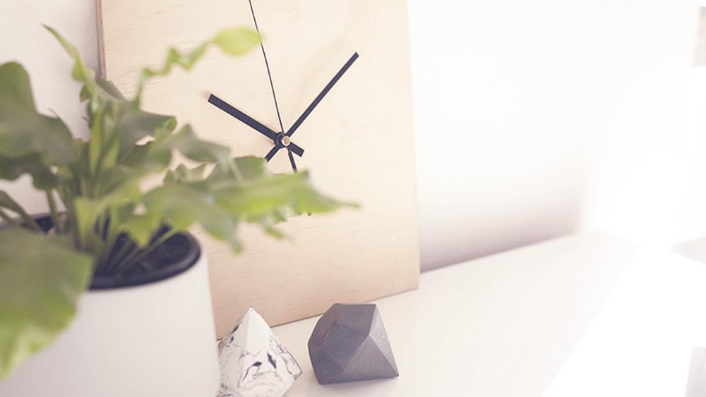 horloge carrée bois diy