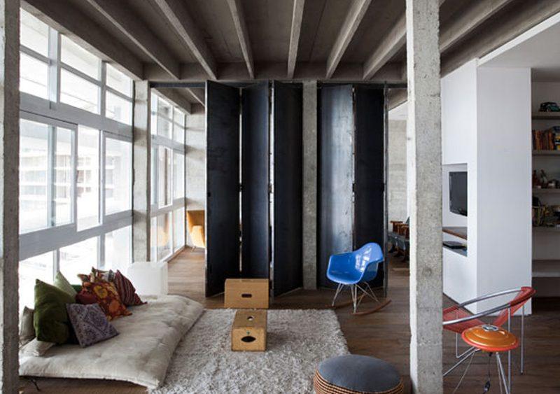 salon dans appartement en béton