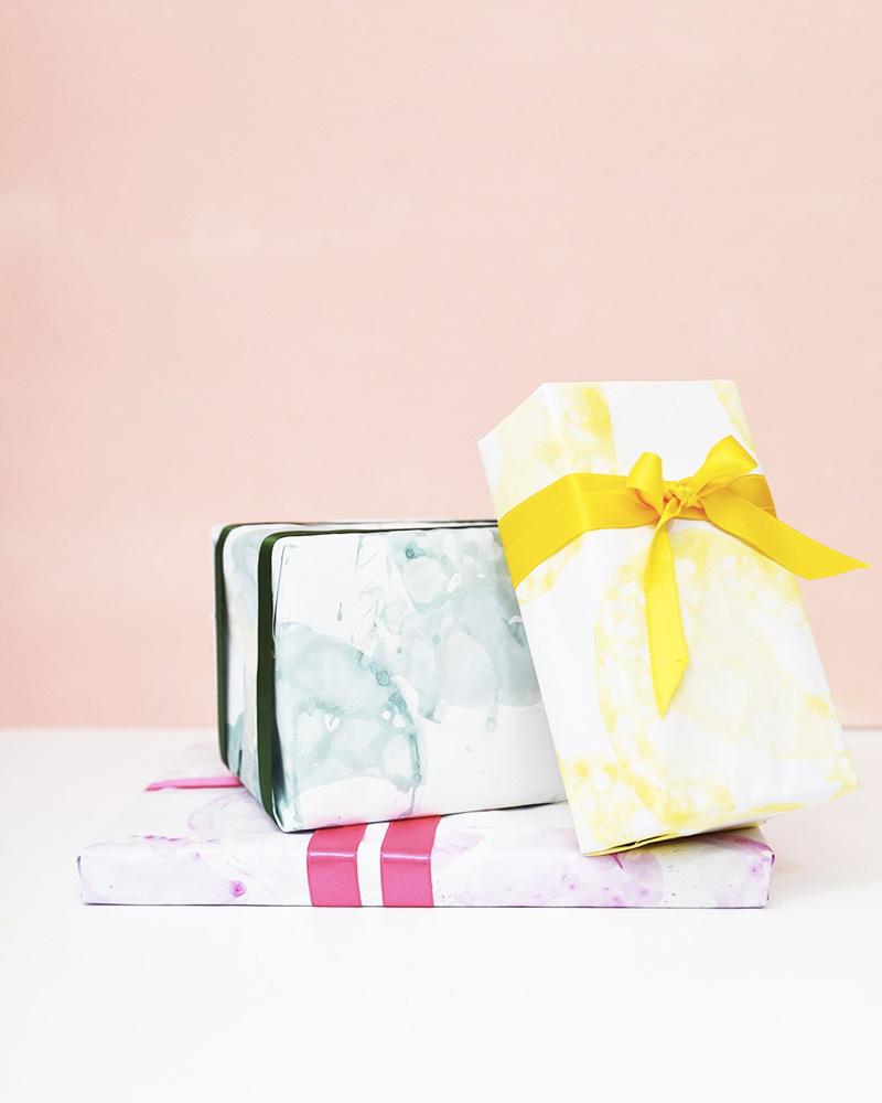 paquet papier cadeau watercolor noel