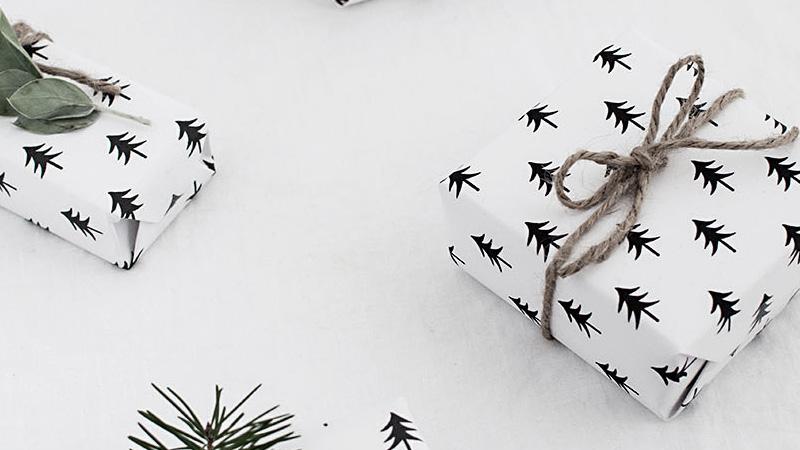papier cadeau a imprimer diy noel sapin noir blanc