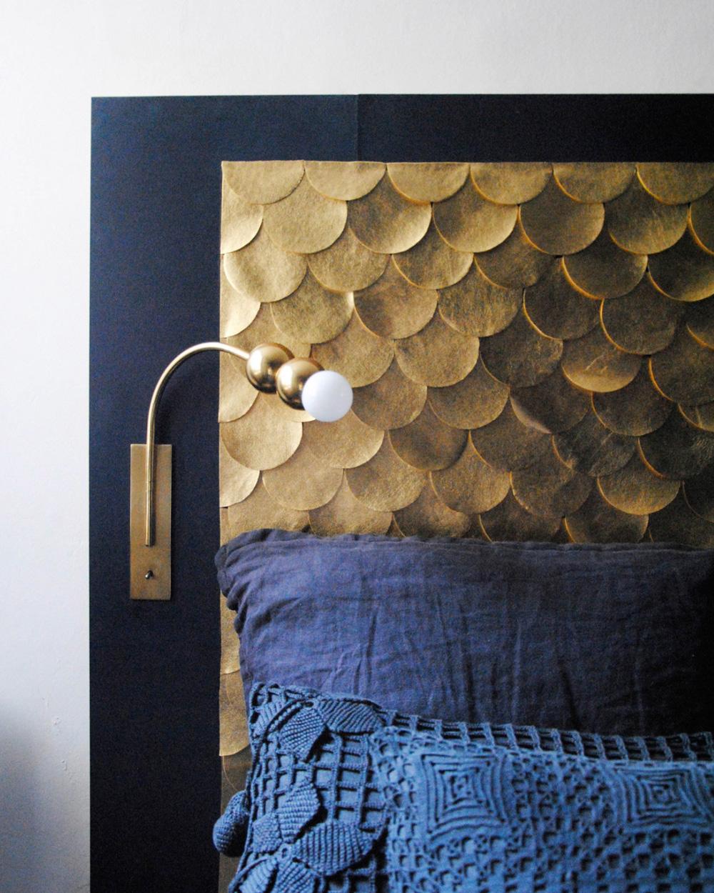 une t te de lit dor e en cailles shake my blog. Black Bedroom Furniture Sets. Home Design Ideas
