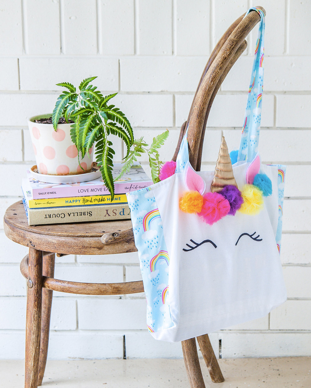 un tote bag licorne diy pour les enfants shake my blog. Black Bedroom Furniture Sets. Home Design Ideas
