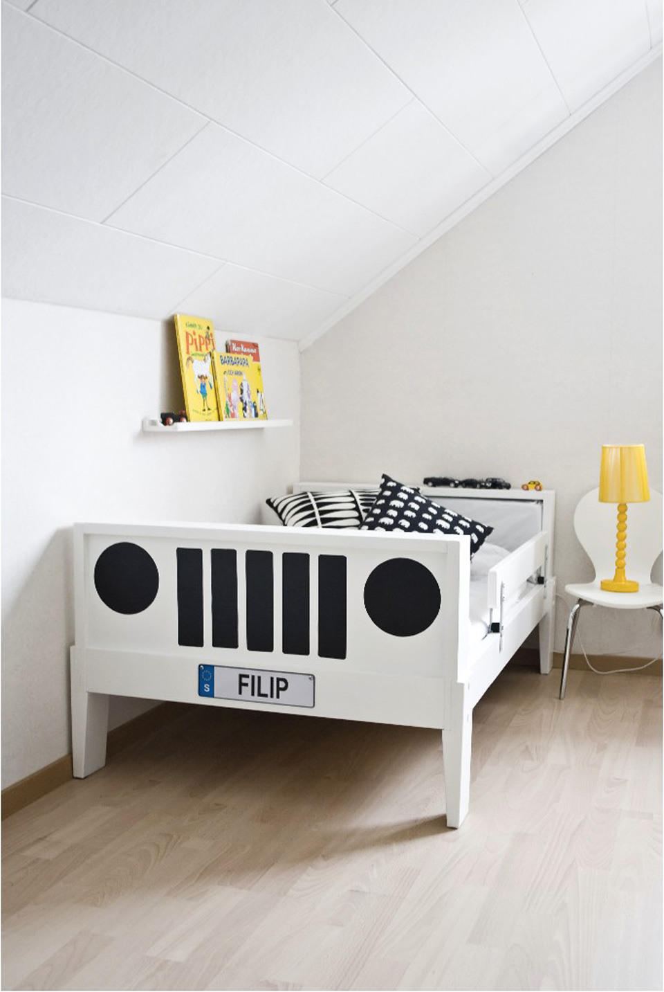 un lit ikea version voiture shake my blog. Black Bedroom Furniture Sets. Home Design Ideas