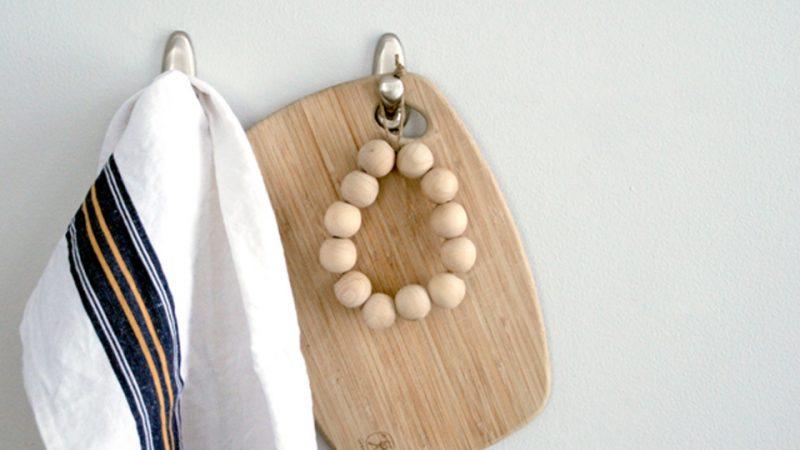 un dessous de plat diy en perles shake my blog. Black Bedroom Furniture Sets. Home Design Ideas