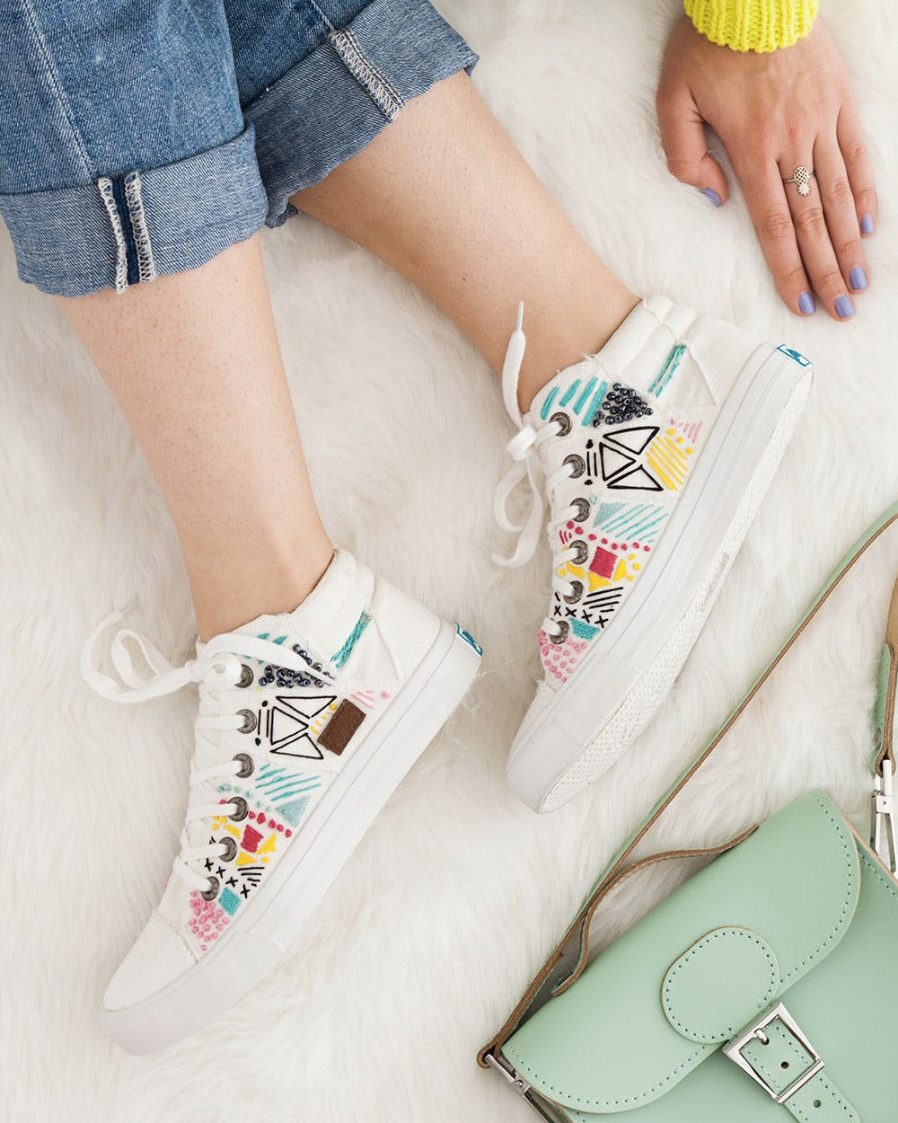 chaussure toile brodée diy