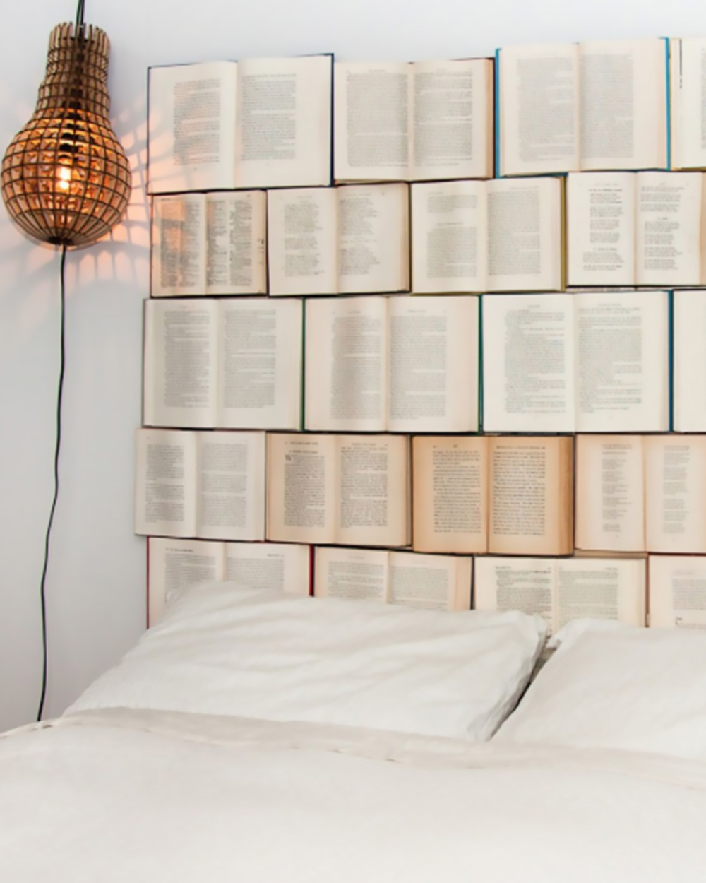 une t te de lit diy avec des livres shake my blog. Black Bedroom Furniture Sets. Home Design Ideas