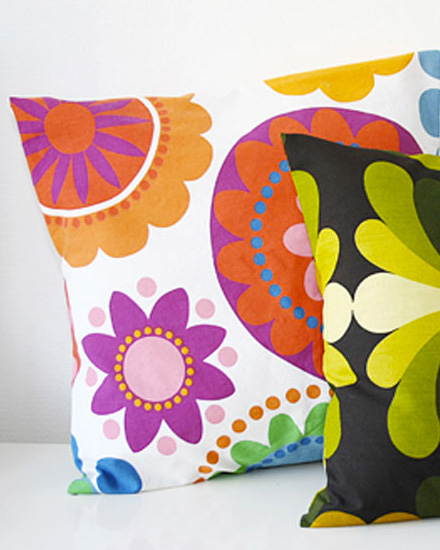 shake my blog une housse de coussin express. Black Bedroom Furniture Sets. Home Design Ideas