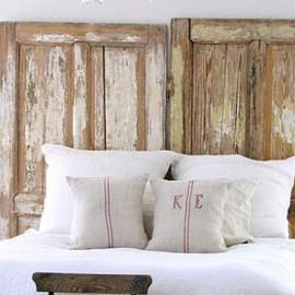 Shake my blog une t te de lit avec des portes for Tete de lit porte