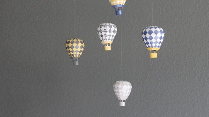 mobile enfant montgolfière diy