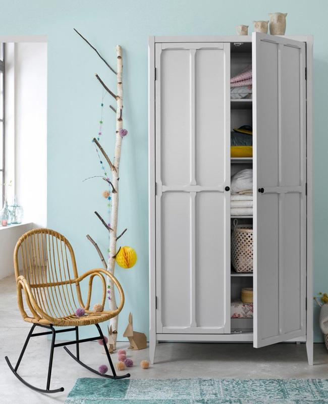 armoire vintage enfant parisienne grise