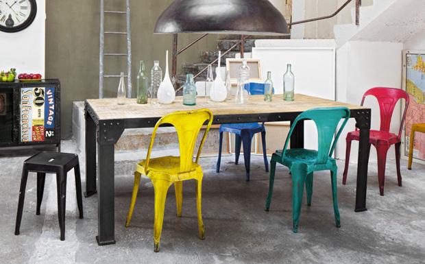 Des chaises color es pour votre maison shake my blog for Chaises colorees