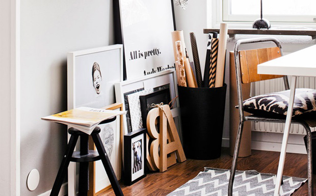 get the look un bureau blanc noir et bois shake my blog. Black Bedroom Furniture Sets. Home Design Ideas