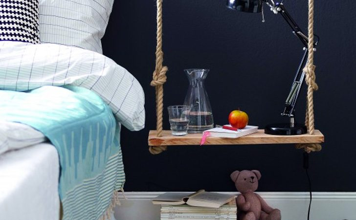 un autre chevet suspendu diy shake my blog. Black Bedroom Furniture Sets. Home Design Ideas