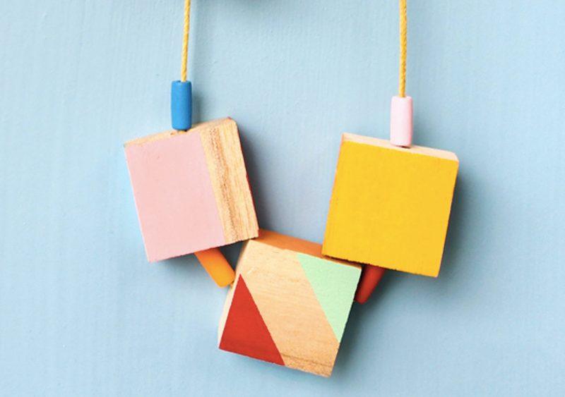collier cube bois diy