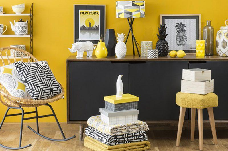Get the look un salon en marron et bleu shake my blog - Deco noir et jaune ...