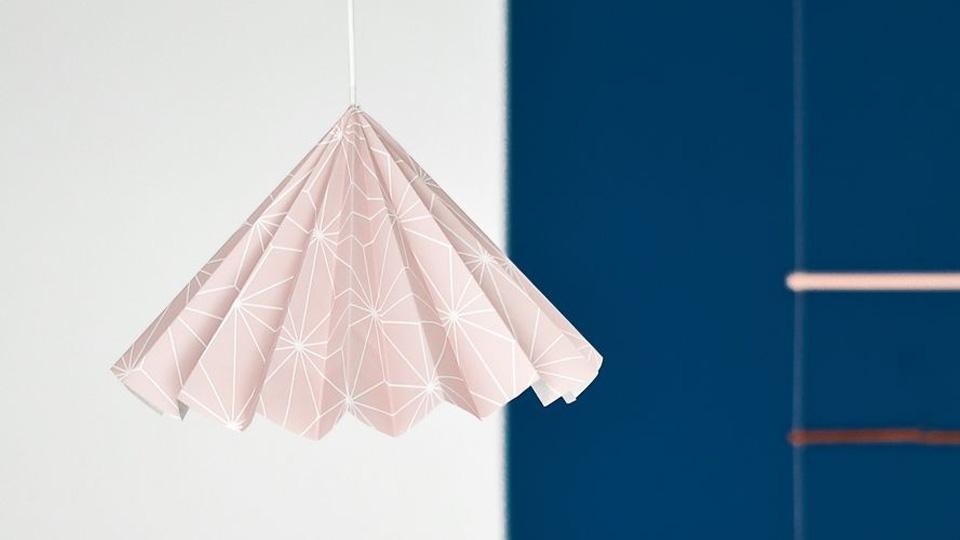 une suspension origami diy shake my blog. Black Bedroom Furniture Sets. Home Design Ideas