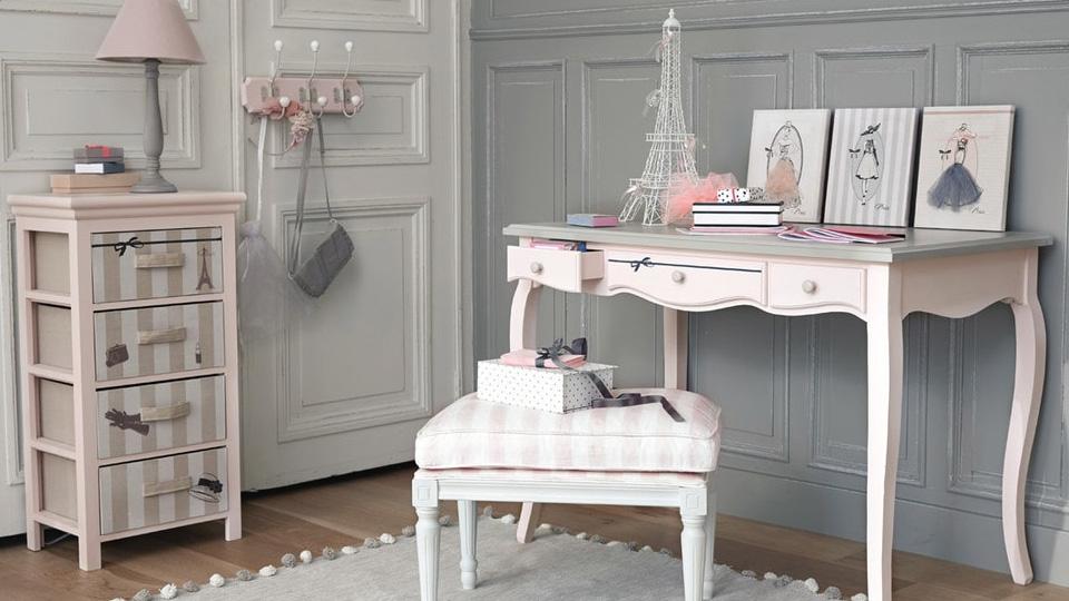 une nouvelle d co pour mon bureau shake my blog. Black Bedroom Furniture Sets. Home Design Ideas