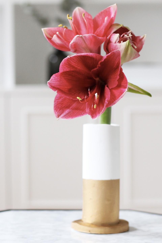 un vase diy pour vos fleurs shake my blog. Black Bedroom Furniture Sets. Home Design Ideas