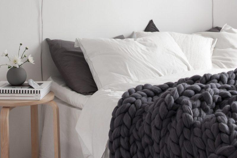 comment cr er un dessous de plat en laine diy shake my blog. Black Bedroom Furniture Sets. Home Design Ideas