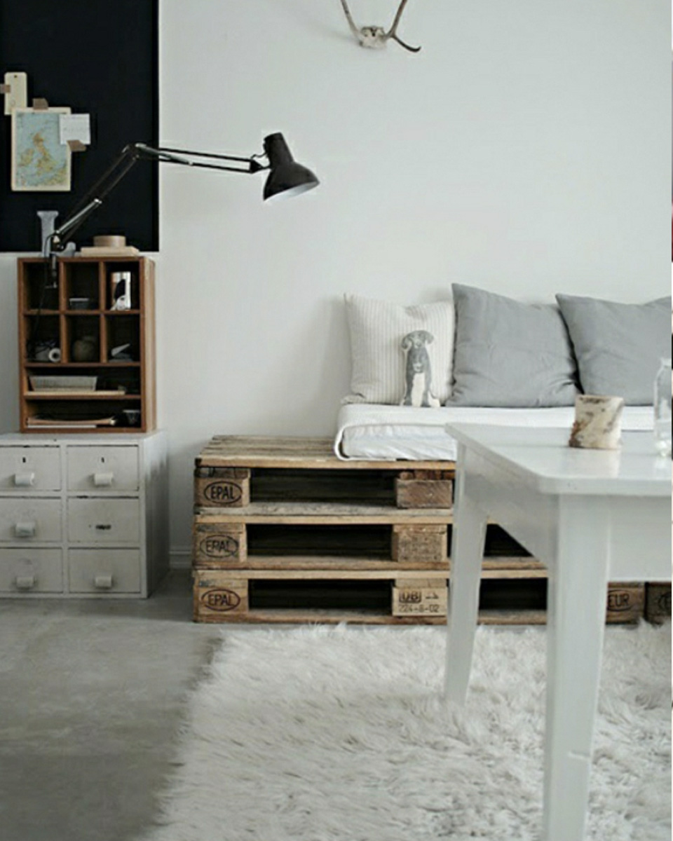 10 id es diy avec des palettes shake my blog. Black Bedroom Furniture Sets. Home Design Ideas