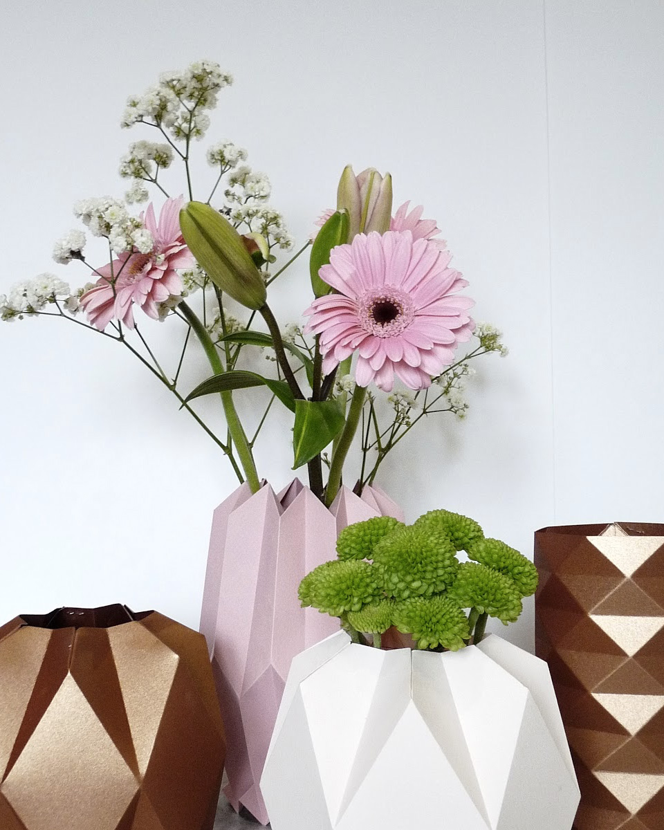 10 id es de vases diy pour vos fleurs shake my blog. Black Bedroom Furniture Sets. Home Design Ideas