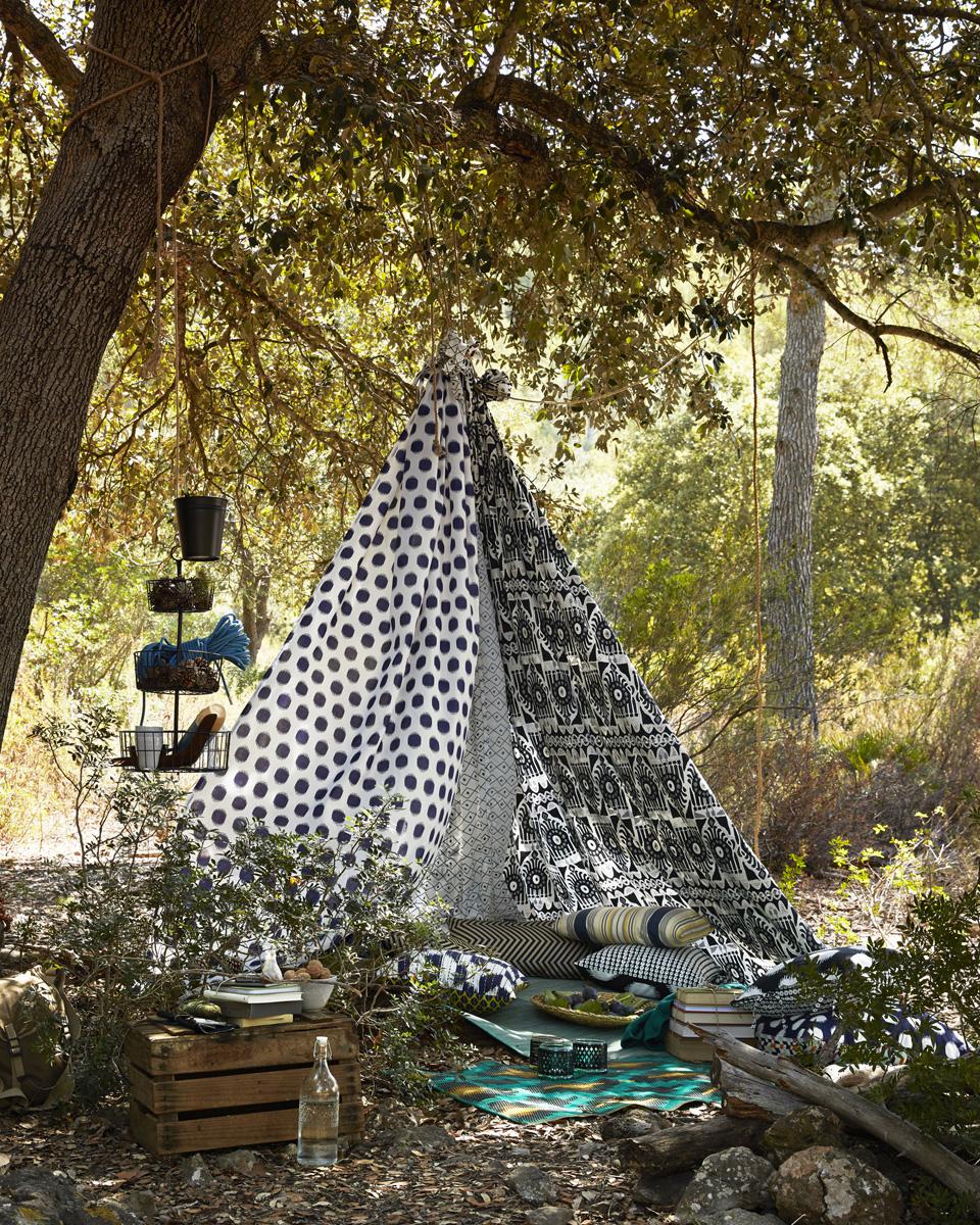 15 id es d co pour cr er un coin d tente dans votre jardin for Sujet deco jardin
