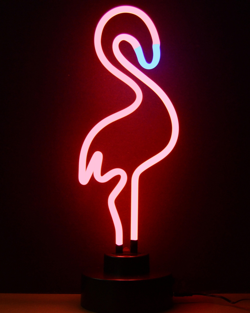 Les luminaires au n on avec scintens shake my blog for Neon decoration interieur