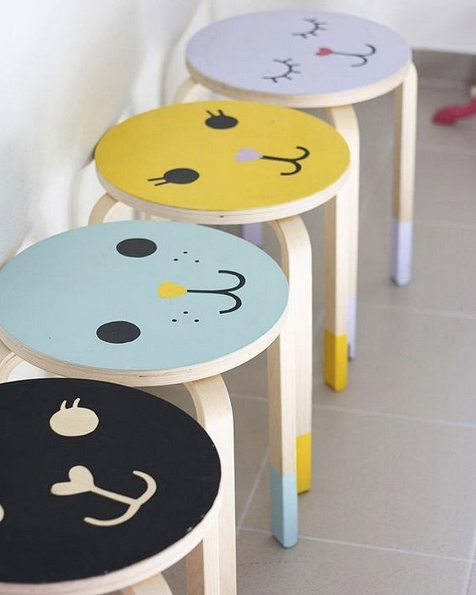 Ikea tabourets latest table haute et tabouret table haute for Tabouret couleur ikea