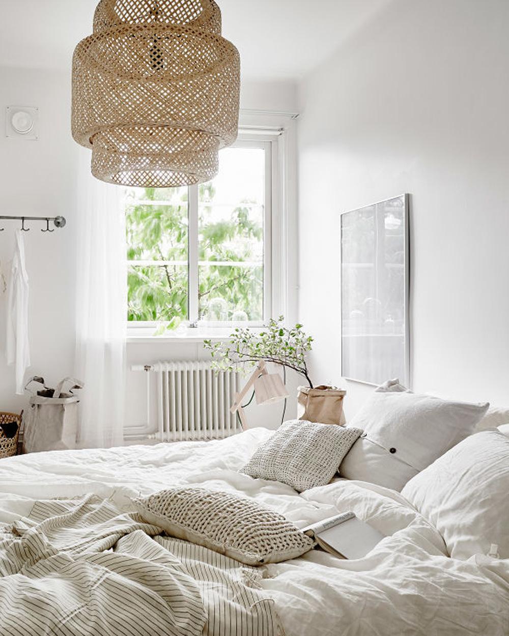 10 astuces pour gagner en luminosit naturelle dans votre chambre shake my blog. Black Bedroom Furniture Sets. Home Design Ideas
