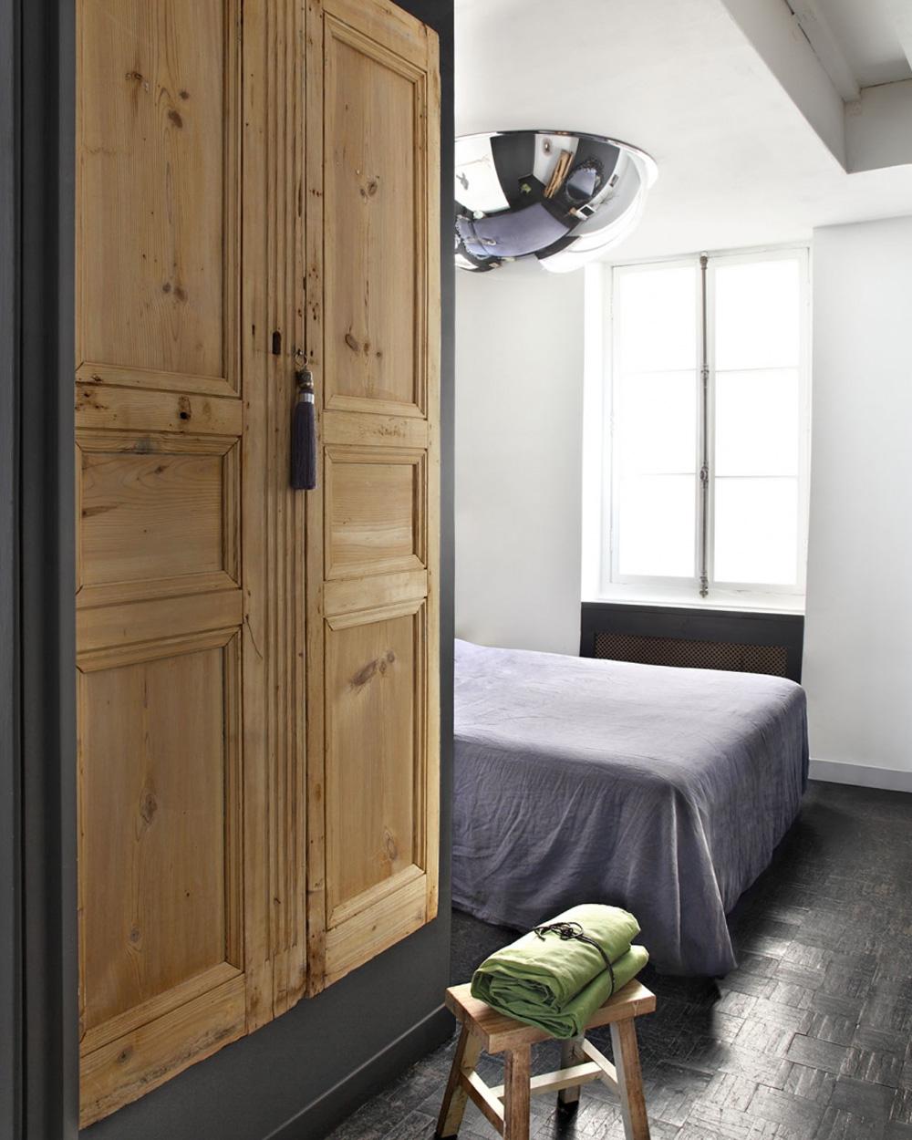 fermer un placard cool with fermer un dressing avec des rideaux rideau excellent store kit de. Black Bedroom Furniture Sets. Home Design Ideas