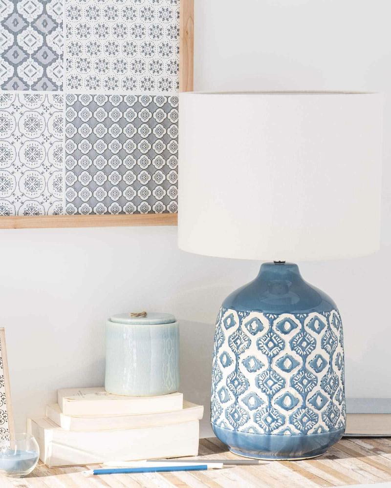 9 fa ons d 39 utiliser le bleu dans la d co du salon shake my blog. Black Bedroom Furniture Sets. Home Design Ideas
