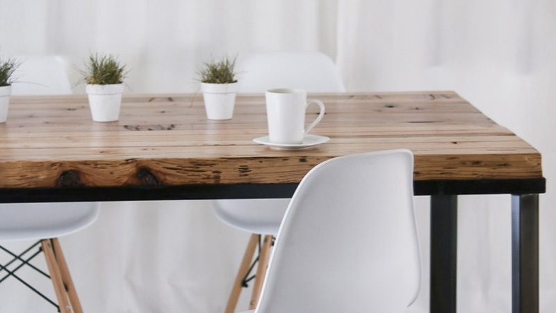une table de chevet suspendue diy shake my blog. Black Bedroom Furniture Sets. Home Design Ideas