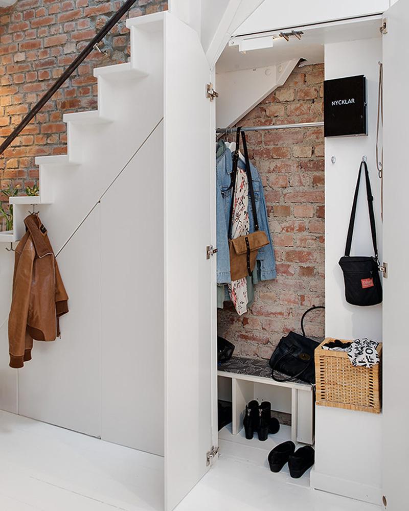 aménager sous escalier placard