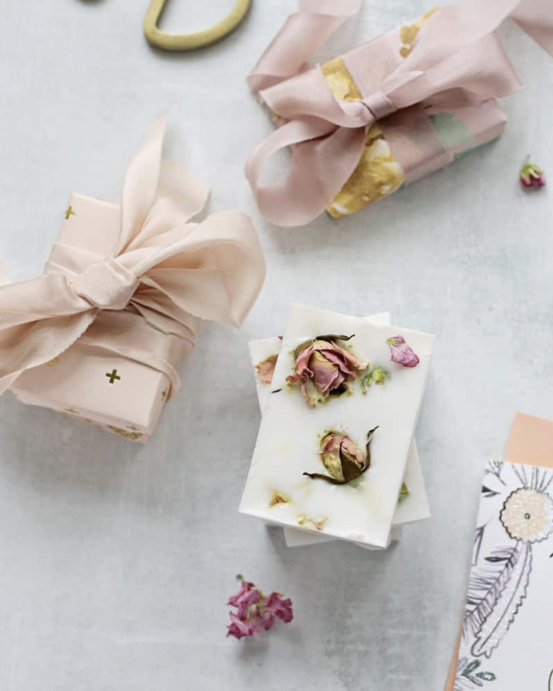 cadeau diy fete des meres savon savon rose