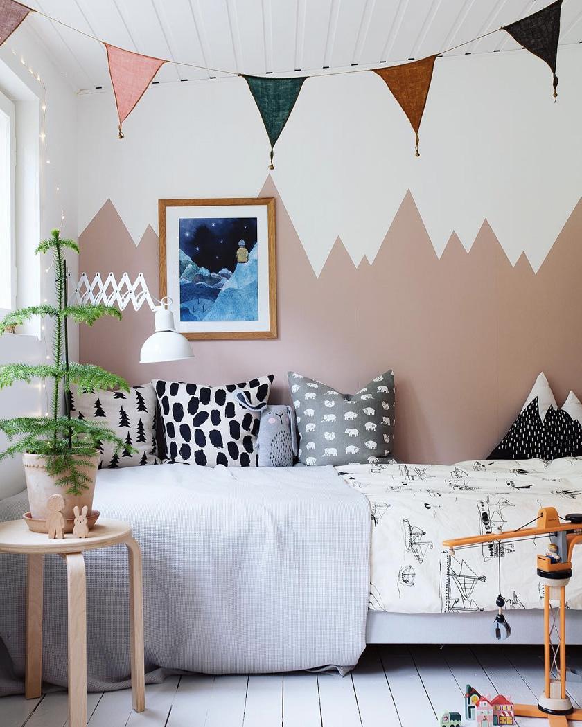 10 fa ons de cr er un mur montagne dans la chambre des - Peinture mur chambre ...