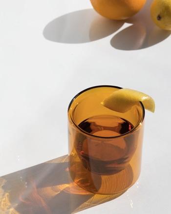 verre miel ambre