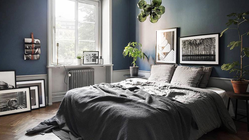 des id es d co pour une chambre parentale moderne shake my blog. Black Bedroom Furniture Sets. Home Design Ideas