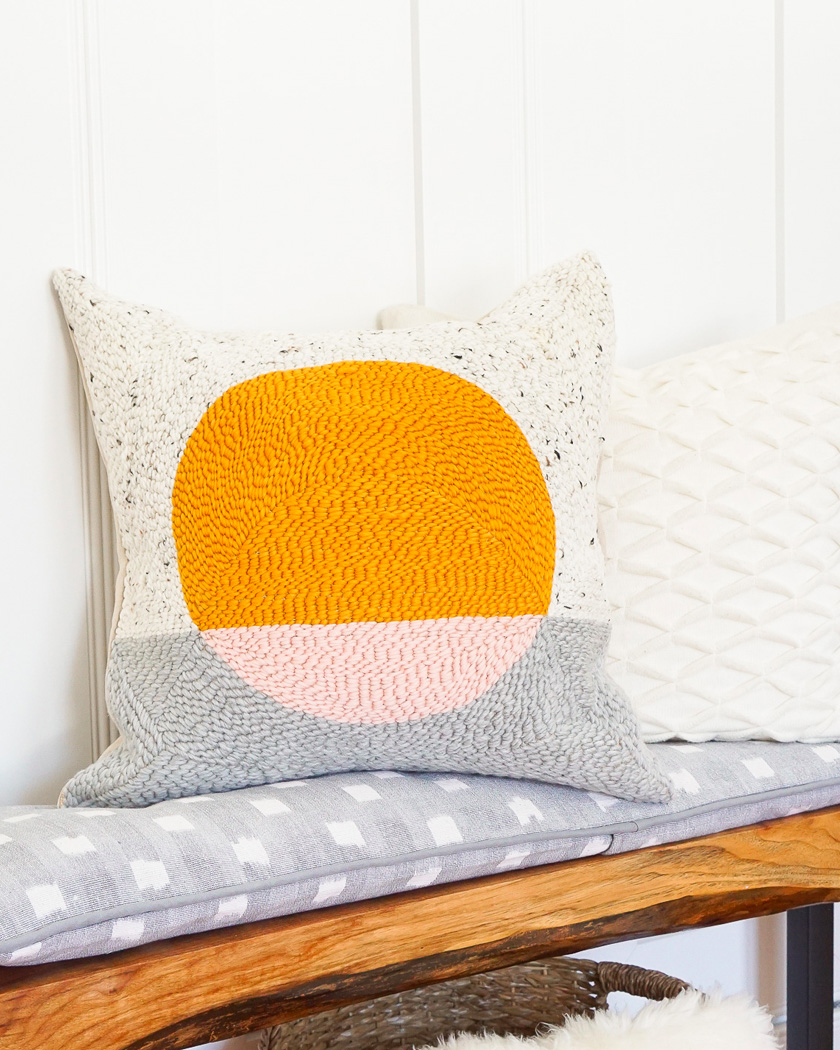 broderie diy punch needle coussin