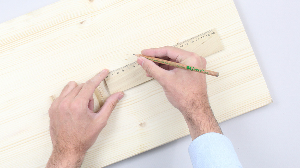 organiseur mural bois diy etape 1
