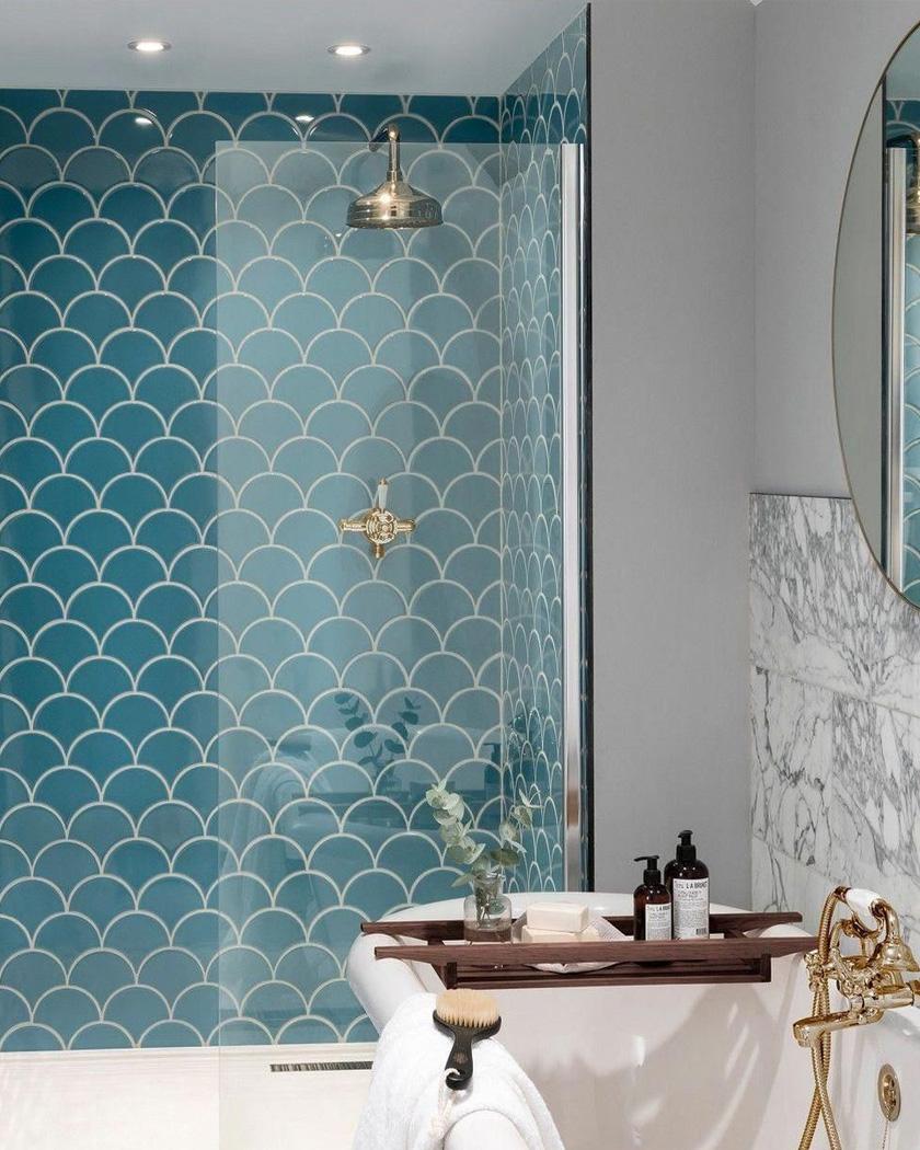 carrelage écaille bleu salle de bain