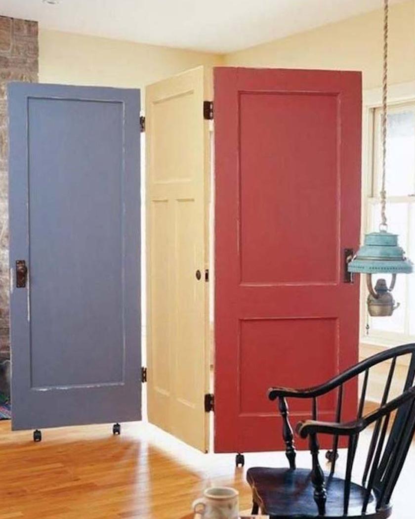 cloison amovible diy portes colorées