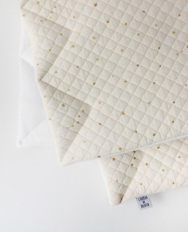 etsy accessoire bébé atelier juliette tapis parc écru étoiles dorées