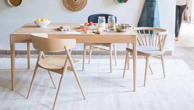 maison saulaie table bois moderne