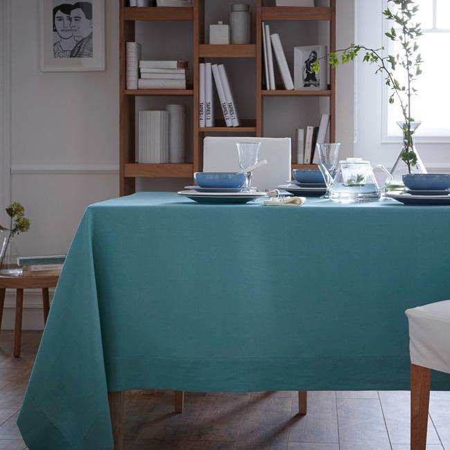 linge de table en lin blanc cerise bleu canard