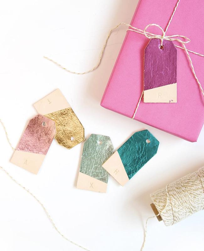 étiquette cuir paquet cadeau noel diy métal coloré